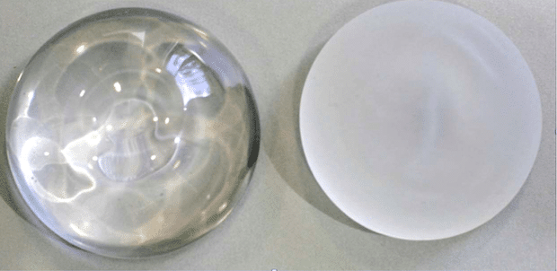 Comparaison des surfaces des enveloppes des implants: